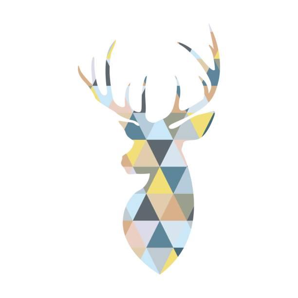 Cabeza de ciervo formada por formas triangulares multicoloras. Estilo escandinavo. - ilustración de arte vectorial
