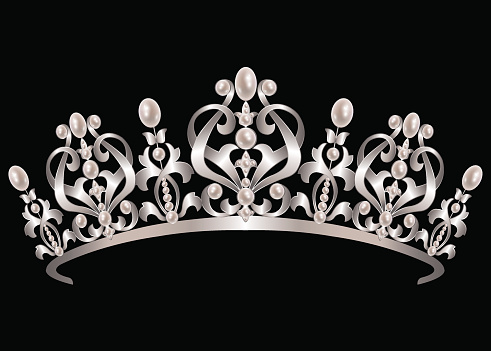 Diadem with pearls