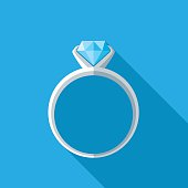istock Diamond Ring Icon 579251430