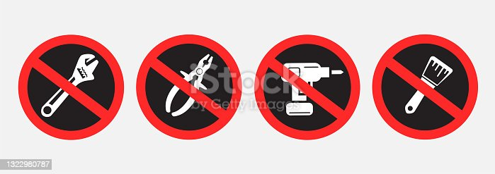 istock do not use repair tools sign symbol set 1322980787