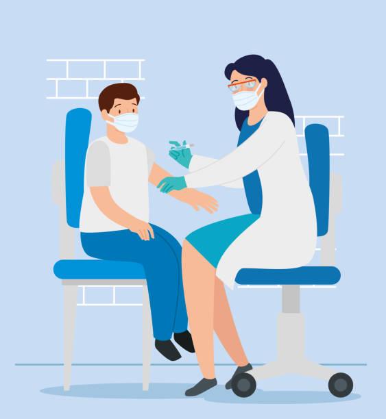 illustrations, cliparts, dessins animés et icônes de médecin femelle vaccinant au garçon dans la salle de consultation - vaccin enfant