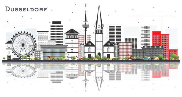 düsseldorf deutschland city skyline mit farbbauten und reflexionen isoliert auf weiß. - düsseldorf stock-grafiken, -clipart, -cartoons und -symbole