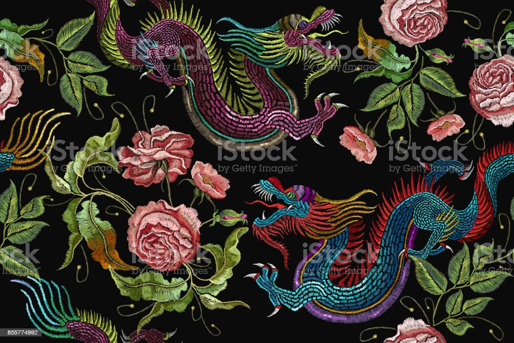 Embroidery chinese dragons and flowers peonies seamless pattern. Classical embroidery asian dragons and beautiful peonies seamless pattern. Art dragons t-shirt design. Clothes, textile design template - illustrazione arte vettoriale