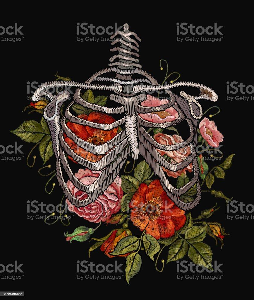 Stickerei Menschlichen Brustkorb Mit Roten Rosen Gotische Stickerei ...