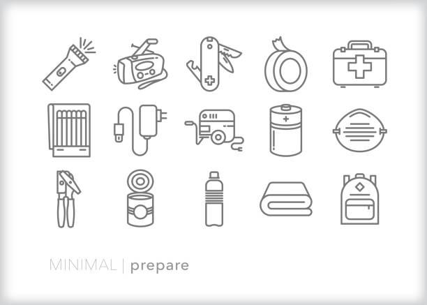 ilustraciones, imágenes clip art, dibujos animados e iconos de stock de conjunto de iconos de la línea de preparación de emergencia - hurricane