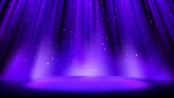 暗い背景を持つ空の青紫色のシーンは、柔らかいインディゴスポットライト、光沢のある輝く粒子によって点灯場所。柔らかい輝きを持つインディゴの背景。ベクトルイラスト - glitter curtain点のイラスト素材/クリップアート素材/マンガ素材/アイコン素材