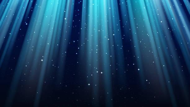 stockillustraties, clipart, cartoons en iconen met lege donkere blauwe achtergrond met stralen van licht, sparkles, stralende sterrenhemel van de nacht - blue sky