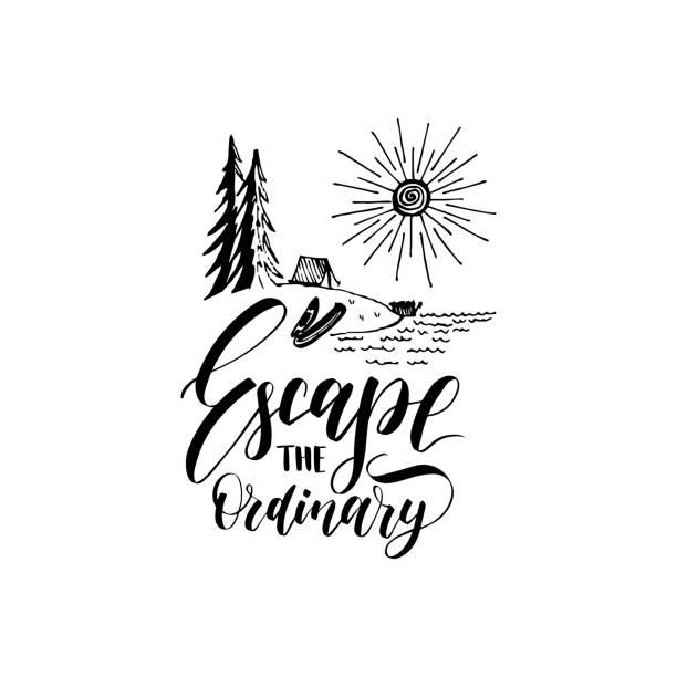 Entkommen Sie der gewöhnlichen Plakat mit Schriftzug. Vektor touristische Etikettenvorlage mit Hand gezeichnet Wald See Abbildung. – Vektorgrafik