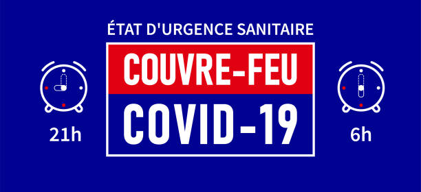 Etat d'urgence sanitaire, Couvre-feu: State of health emergency, curfew in french language. Blue banner - curfew from 21h to 6h Etat d'urgence sanitaire, Couvre-feu: State of health emergency, curfew in french language. Blue banner - curfew from 21h to 6h feu stock illustrations