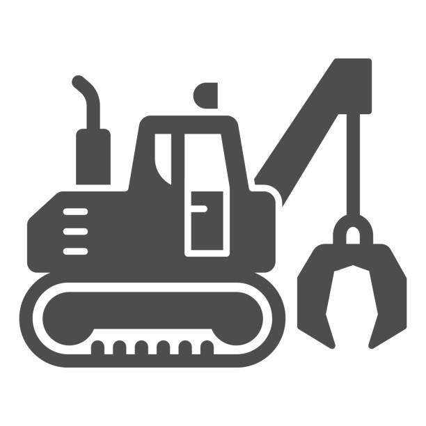 illustrazioni stock, clip art, cartoni animati e icone di tendenza di escavatore con artigli icona solida, concetto di attrezzature pesanti, escavatore che fornisce segno di movimento su sfondo bianco, icona bulldozer in stile glifo per mobile e web design. grafica vettoriale. - metal robot in logistic factory