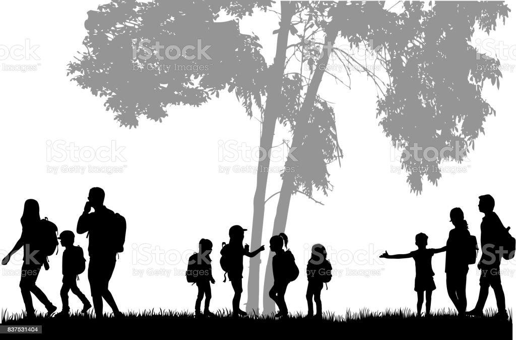 Famille atteignant avec sacs à dos lors d'un voyage. - Illustration vectorielle