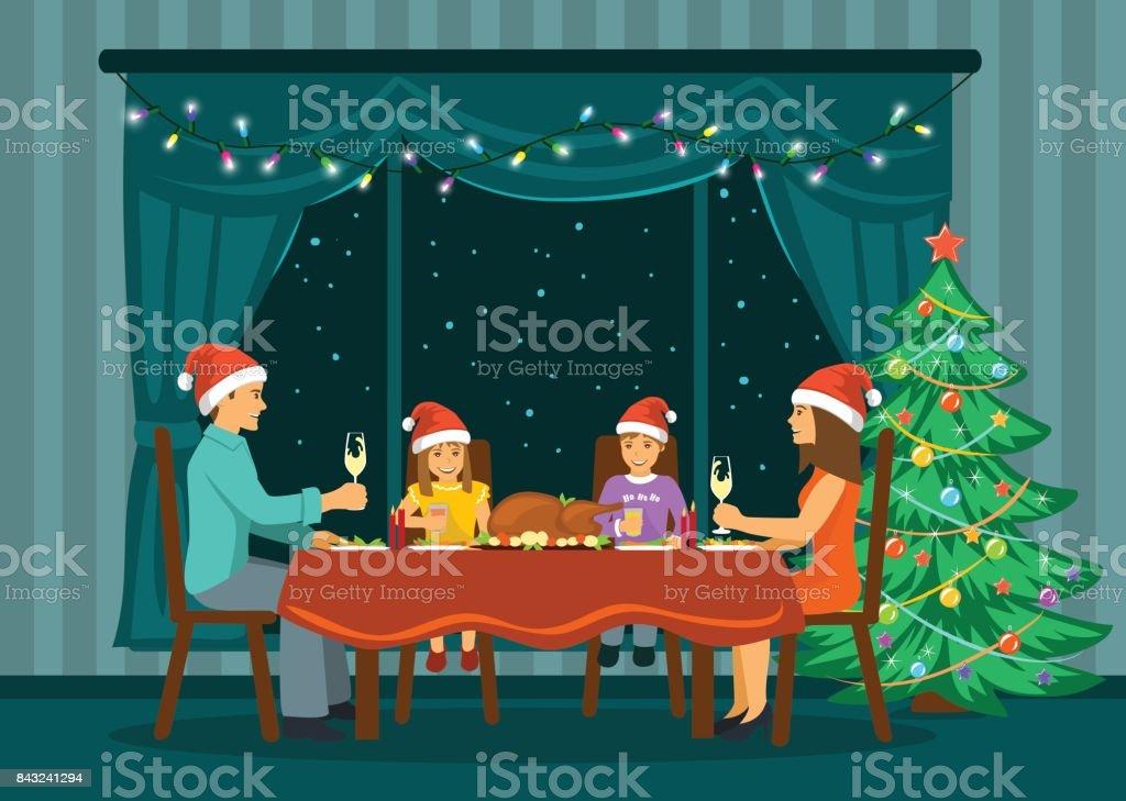Familie Sitzt Im Wohnzimmer Zu Hause Vor Großen Fenster Mit Nacht ...