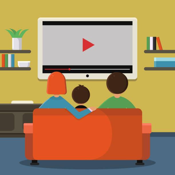 ilustrações de stock, clip art, desenhos animados e ícones de family sitting on sofa and watching digital television on the big screen - tv e familia e ecrã