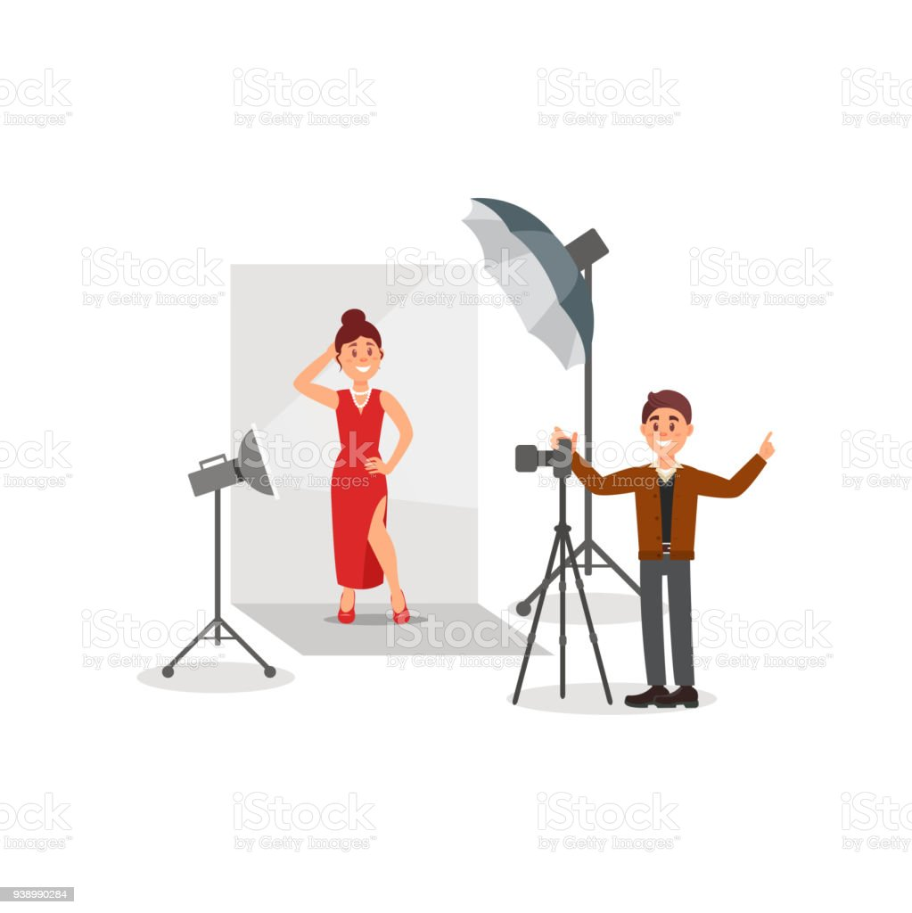 Kadın Modeli Kırmızı Giyen Elbise Fotoğraf Studio Silah Beyaz Arka