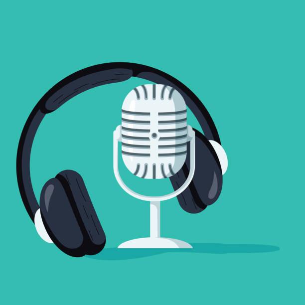 ilustrações, clipart, desenhos animados e ícones de conceito plano de podcasting vector, internet, gravação digital, transmissão on-line ilustrado bandeira - podcast