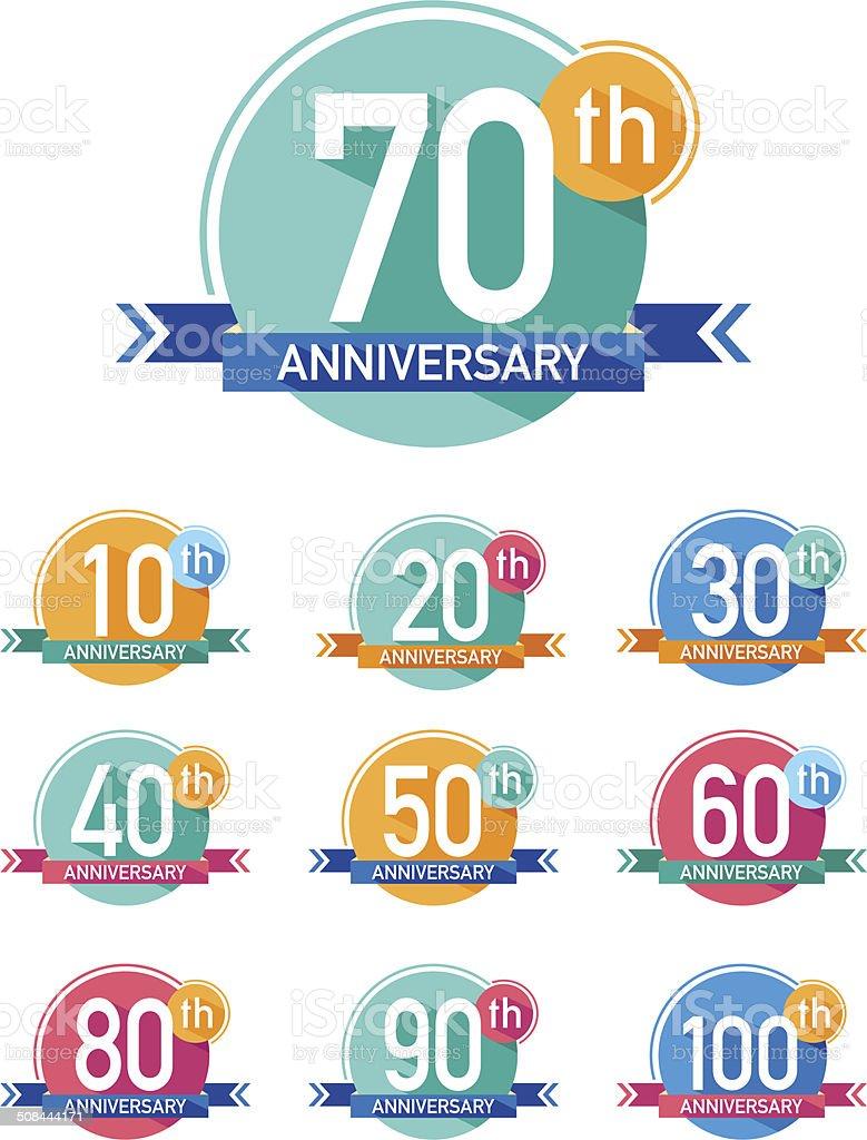 Diseño plano aniversario emblems de - ilustración de arte vectorial