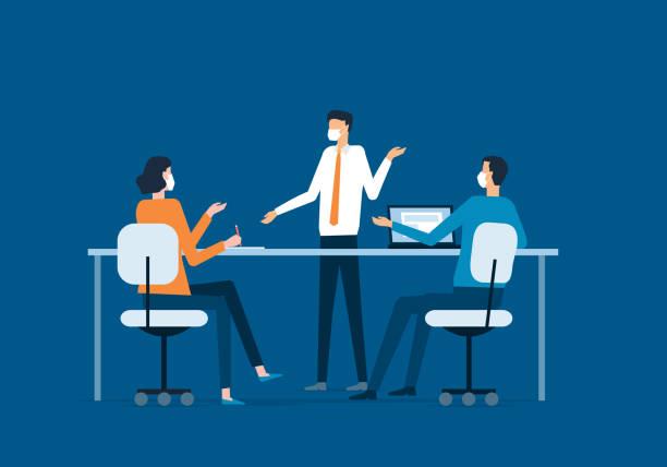 Flache Illustration Gruppe Business Team Treffen und tragen Gesichtsmaske für Virenschutz – Vektorgrafik
