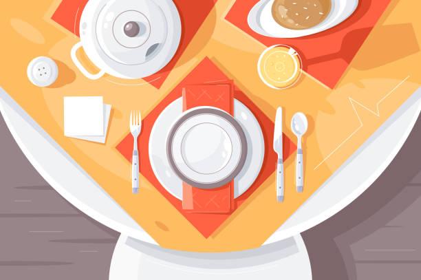 stockillustraties, clipart, cartoons en iconen met platte tafel instelling met bord, eten, bestek, theepot en tafelkleed. - tafel restaurant top