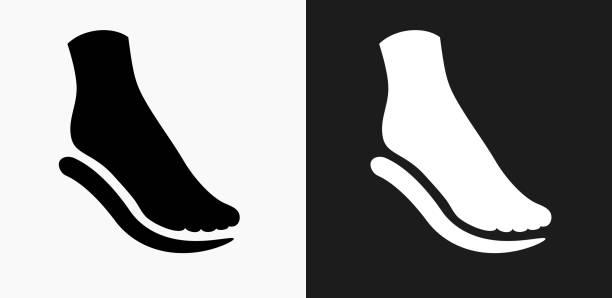fuß und polsterung symbol auf schwarz-weiß-vektor-hintergründe - fußpflegeprodukte stock-grafiken, -clipart, -cartoons und -symbole