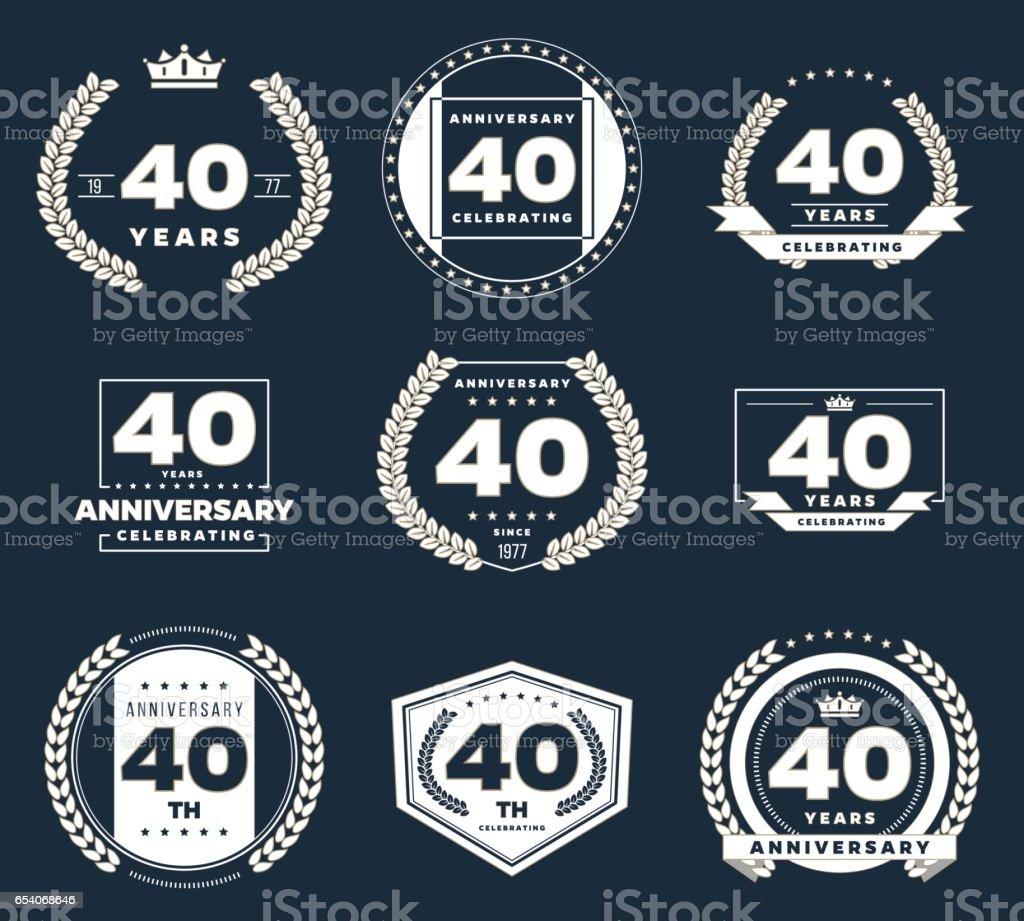 Logotipo del aniversario de cuarenta años. 40 aniversario logo vintage conjunto. - ilustración de arte vectorial