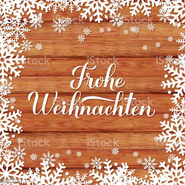 Frohe Weihnachten Kaligrafi El Kar Taneleri Ile Ahşap Arka Plan Üzerinde Yazı Almanca Mutlu Noeller Tipografi Posteri Tebrik Kartı Banner El Ilanı Etiket Vb Için Vektör Şablonu Stok Vektör Sanatı & Ahşap'nin Daha Fazla Görseli
