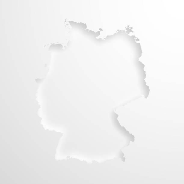 빈 배경에 양각된 종이 효과 함께 독일 지도 - 독일 stock illustrations