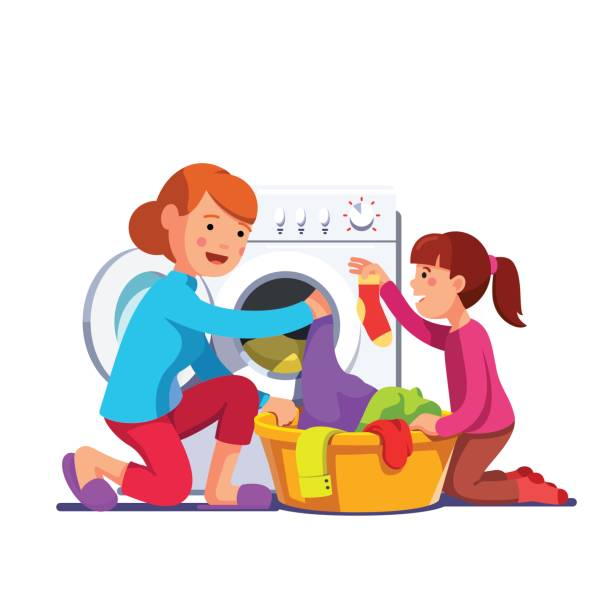ilustrações, clipart, desenhos animados e ícones de mãe de menina ajuda lavandaria com máquina de lavar roupa de carregamento - afazeres domésticos