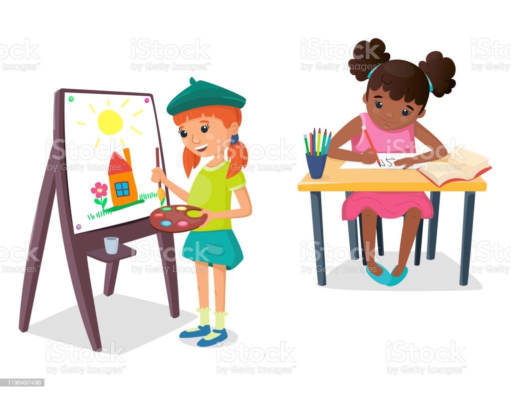 Fille Est Peindre Un Dessin Sur Le Chevalet Avec Palette De