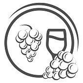 Glass of wine with grapes line icon, Wine festival concept, grapes with leaves and wine glass sign on white background, winery emblem icon in outline style for mobile, web. Vector graphics
