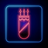 Glowing neon Quiver with arrows icon isolated on blue background. Vector Illustration