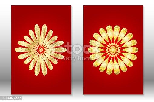 Flor de ouro no fundo gradiente vermelho. Conjunto de capas abstratas. Mandala dourada.
