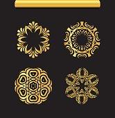 Gold ornaments  set