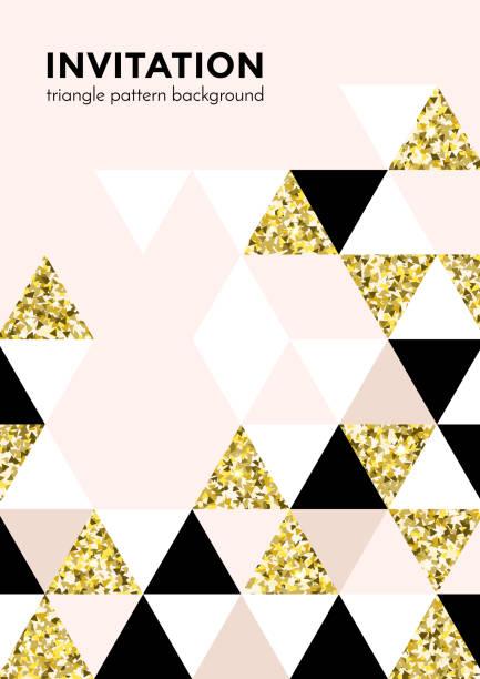 goldenes dreieck muster hintergrund für die einladungskarte oder weihnachten party plakat design-vorlage von quadrat und dreieck moderne trendige goldenen elementen. vektor-geometrie-kulisse goldglitter textur - edelrost stock-grafiken, -clipart, -cartoons und -symbole
