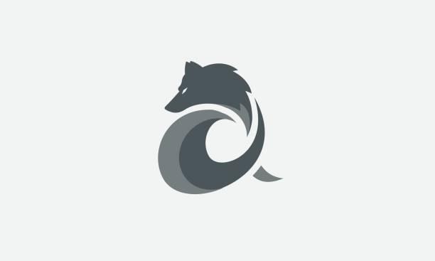 illustrazioni stock, clip art, cartoni animati e icone di tendenza di gray alpha wolf symbol - lupo