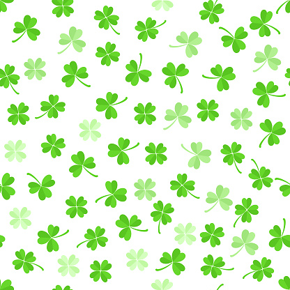 Green leaves clover seamless pattern on white background.