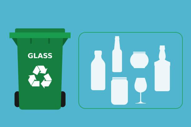 grüner mülleimer mit glasabfällen, die für das recycling geeignet sind. - altglas stock-grafiken, -clipart, -cartoons und -symbole