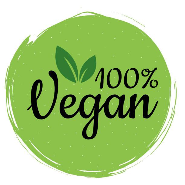bildbanksillustrationer, clip art samt tecknat material och ikoner med grön vegan-logotyp. hälsosam mat skylt, eco, bio, etikett för café, förpackning och mat. 100% vegan etikett för din annonsering. ekologisk designmall - vegetarian
