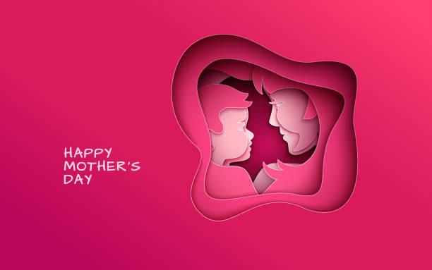 grußkarten zum muttertag mit ausschneiden papier kreis auf hintergrund mit mutter und ihr baby stilisiert rosa silhouetten, herzlichen glückwunsch text - elternhochzeitsgeschenke stock-grafiken, -clipart, -cartoons und -symbole