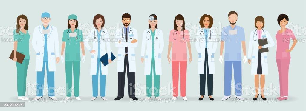Gruppe von Ärzten und Krankenschwestern zusammen stehen. Medizinische Menschen. Krankenhauspersonal. – Vektorgrafik