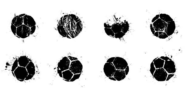 illustrations, cliparts, dessins animés et icônes de ensemble de silhouettes abstraites de bille de football de grunge - football
