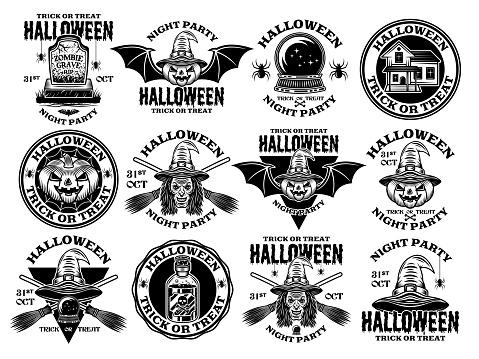 Halloween gran conjunto de emblemas vectoriales, etiquetas, insignias o logotipos en estilo monocromo vintage aislado en fondo blanco