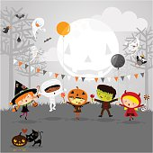 istock Halloween party and kids costumes 156779590