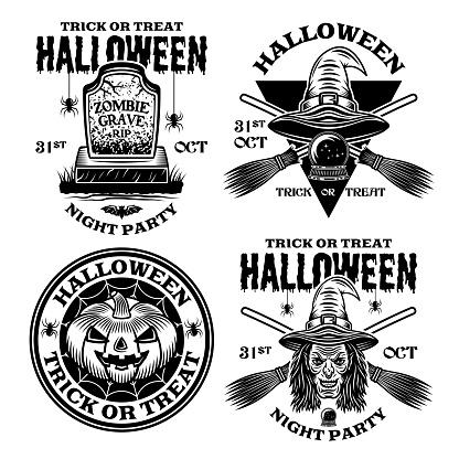 Conjunto de Halloween de cuatro emblemas vectoriales, etiquetas, insignias o s en estilo monocromo vintage aislado sobre fondo blanco