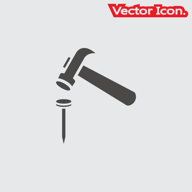 stockillustraties, clipart, cartoons en iconen met hamer en nagels pictogram geïsoleerde teken symbool en vlakke stijl voor app, web- en digitaal ontwerp. - hamer