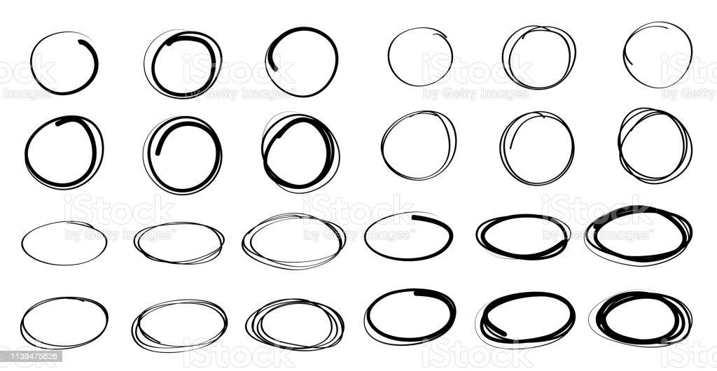 손으로 그린 원형 및 타원형 선 스케치, 벡터 디자인 - 로열티 프리 개체 그룹 벡터 아트