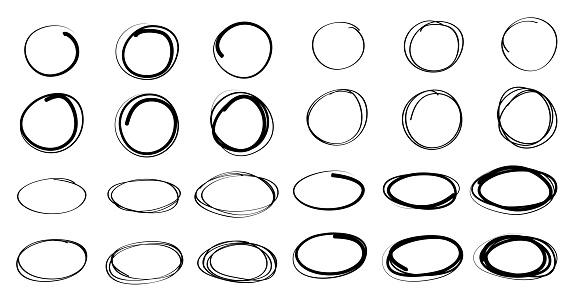 손으로 그린 원형 및 타원형 선 스케치 벡터 디자인 개체 그룹에 대한 스톡 벡터 아트 및 기타 이미지