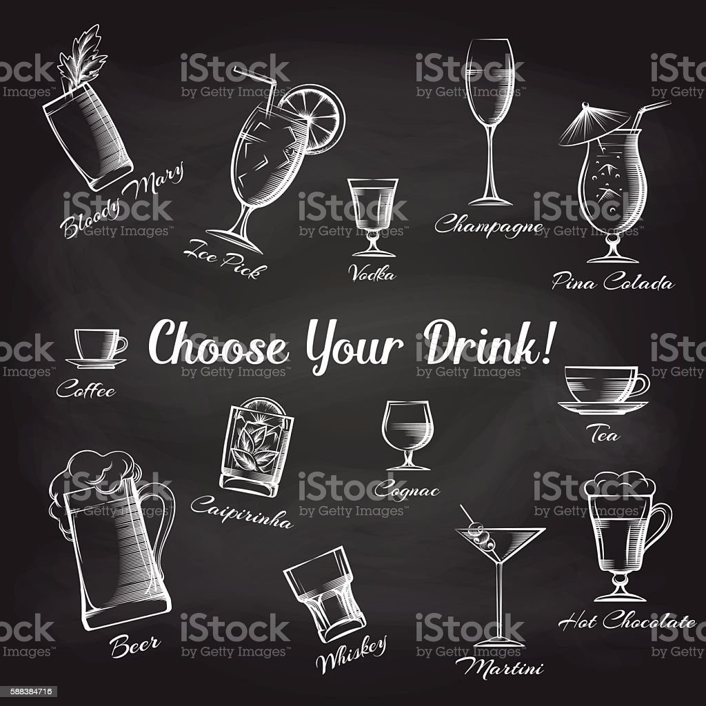 Hand drawn cocktails set on chalkboard - ilustración de arte vectorial