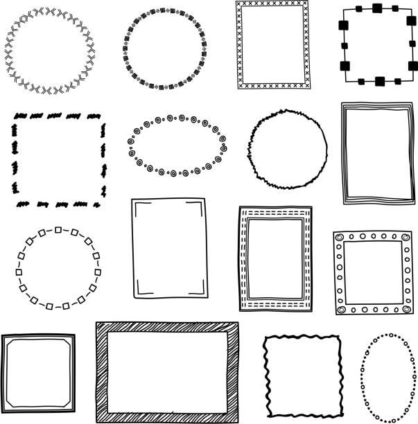 ilustraciones, imágenes clip art, dibujos animados e iconos de stock de dibujado a mano garabatear marcos, fronteras vector conjunto - marcos de garabatos y dibujados a mano