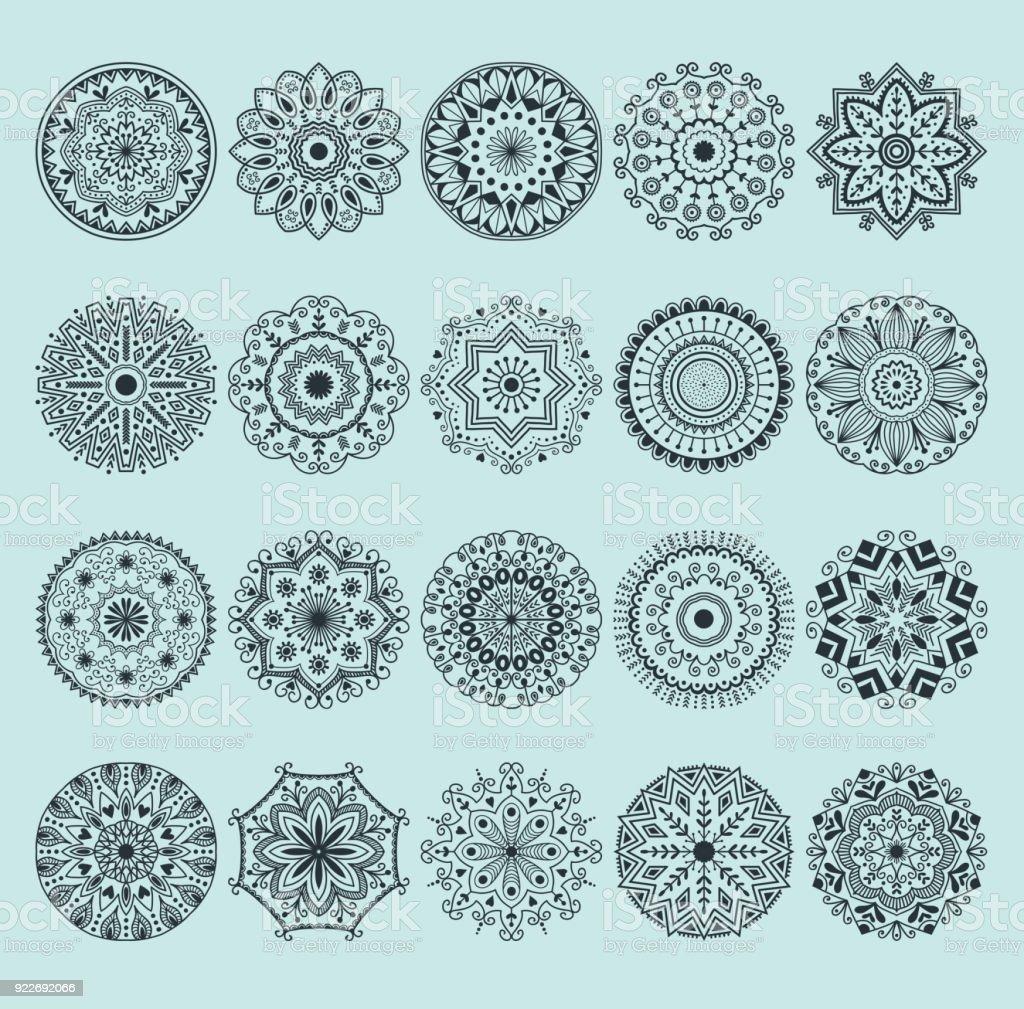 Coloriage Mandala Russe.Dessines A La Main Au Henne Mandala Abstrait Motif Fleurs Et Paisley