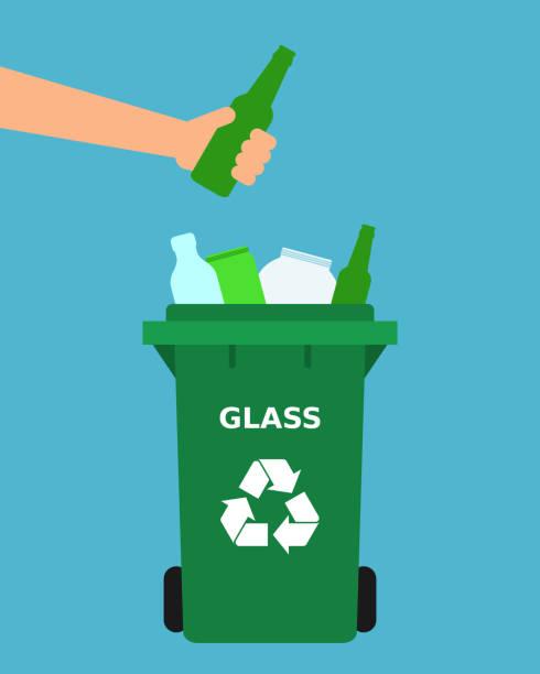 hand werfen grüne glasflasche in einen papierkorb. - altglas stock-grafiken, -clipart, -cartoons und -symbole